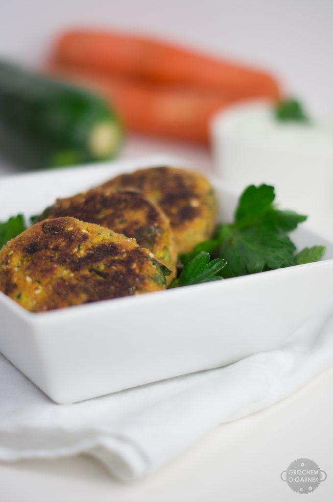 Tani wegański obiad, czyli kotlety z marchewki